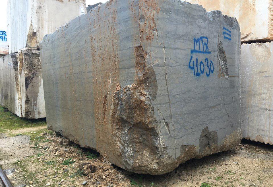 Azul Valverde Dark Blocks Lagos Azul Dark Limestone Blocks