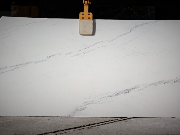 BIANCO ALPI Marble in Slabs