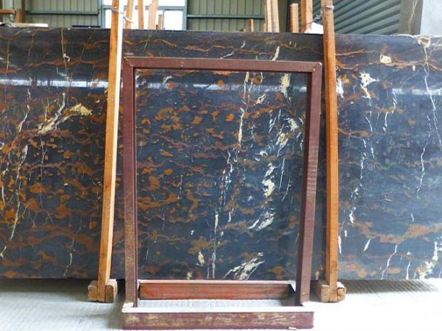 BLACK GOLD MARBLE SLAB TILE