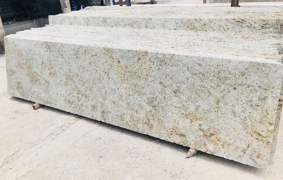 Beige Granite Slabs Desert Gold Granite Stone Slabs