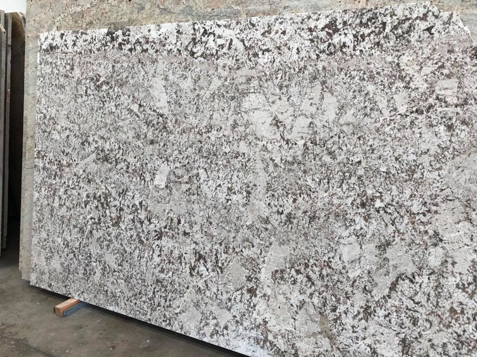 Bianco Antico Granite White Granite Slabs for Kitchen Countertops