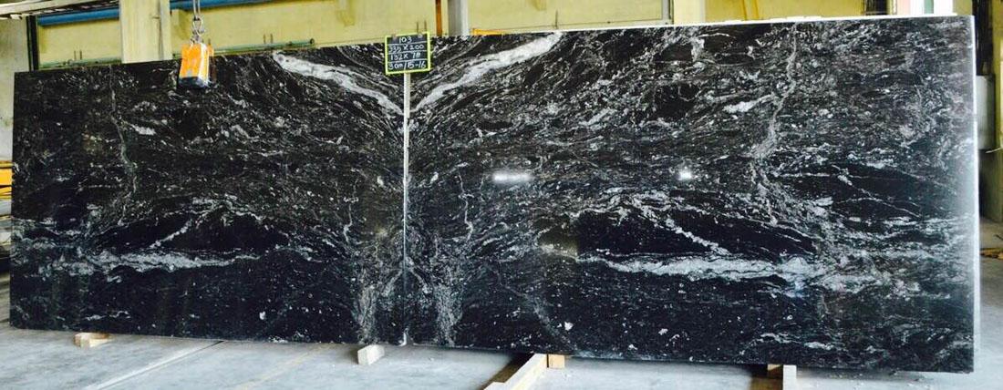 Bianco Tiffone Black Polished Granite Slabs