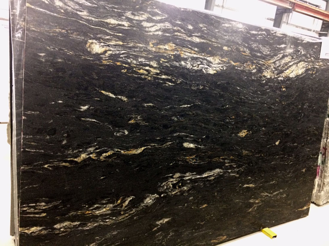 Black Cosmic Leathered Granite Slab for Kitchen Countertops