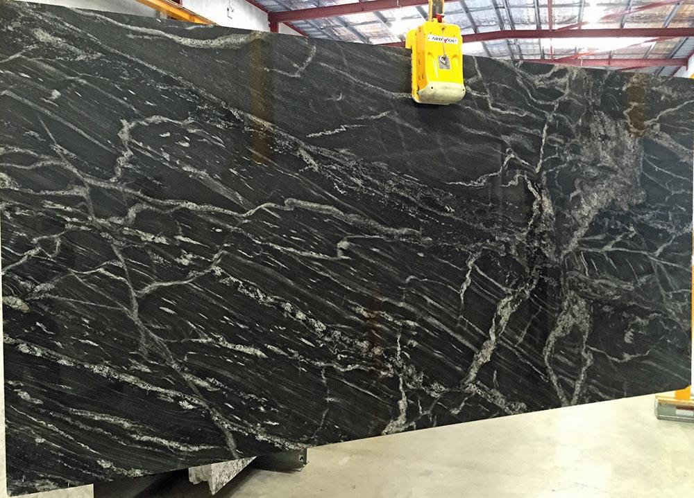 Black Forest Granite Slab Indian Polished Granite Stone Slabs