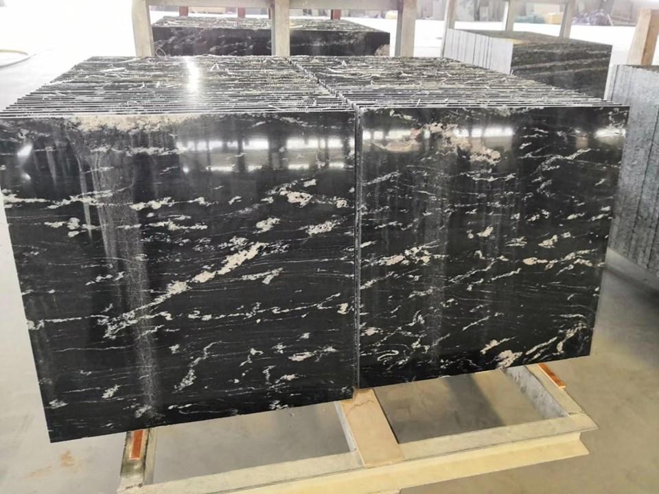 Black Juparana Granite Polished Black Granite Flooring Tiles