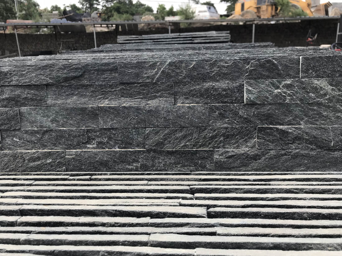 Black Swiss Quartzite Ledge Cluture Stone