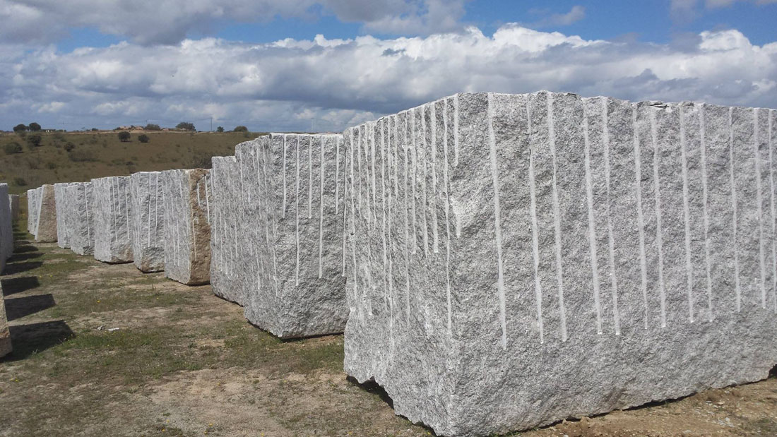 Blanco Amanecer Granite Blocks from Spain