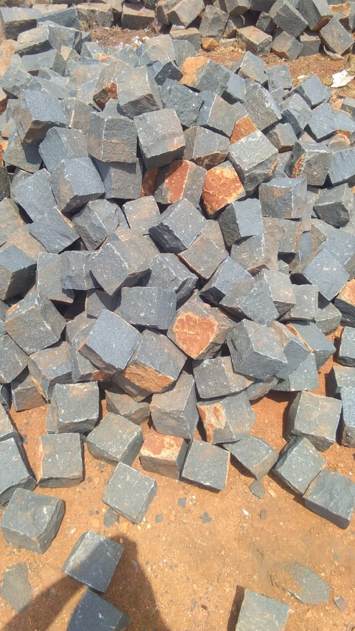 Basalt Natural Cube Stone for Paving