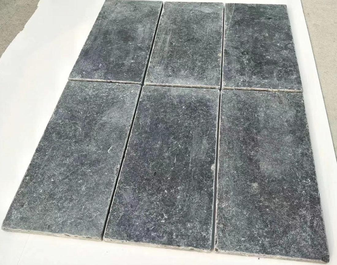 Blue Stone Tumbled Finished Stone Flooring Tiles