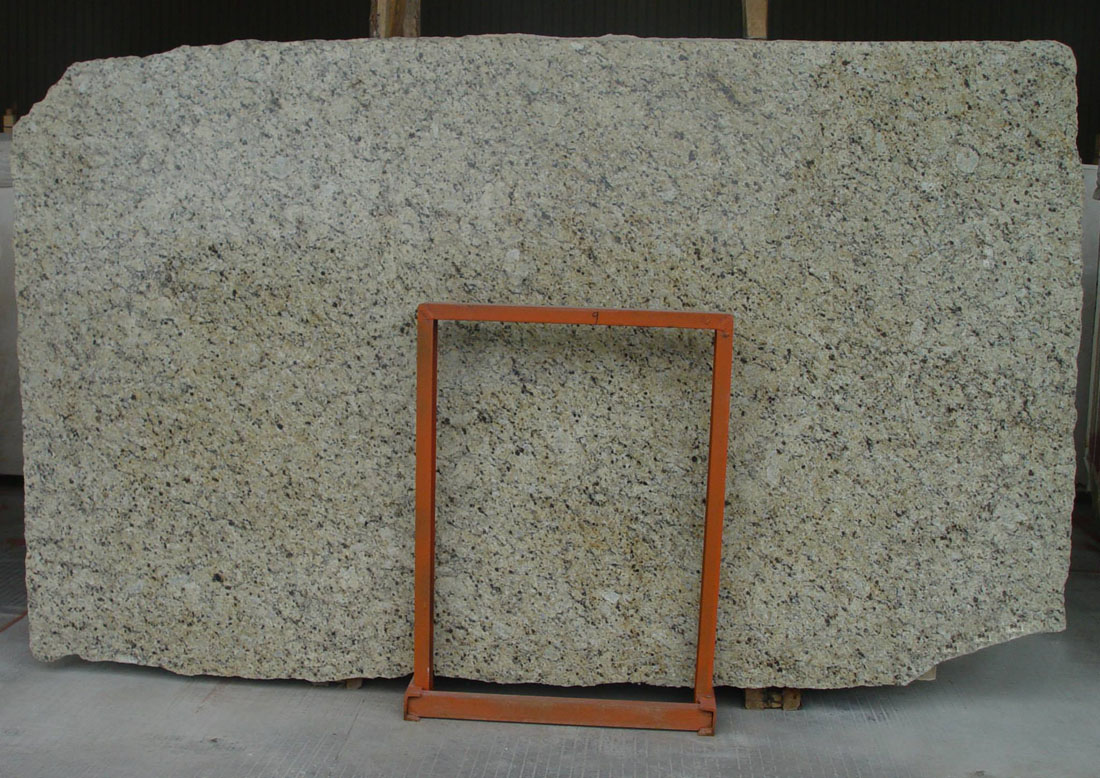 Brazil Gold Granite Polished Beige Granite Slabs