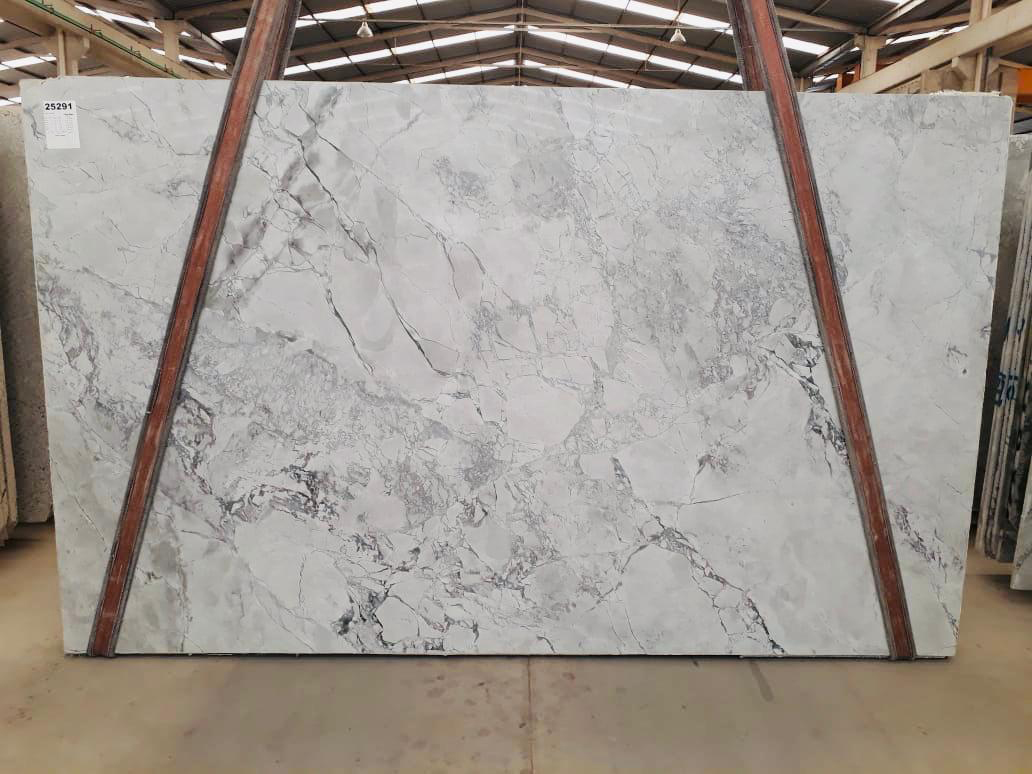 Brazil Polished Super White Quartzite Slabs White Quartzite Slabs for Countertops