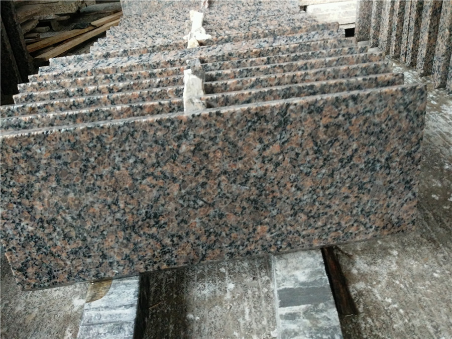 Brown Peach Pearl Granite Polished Countertops
