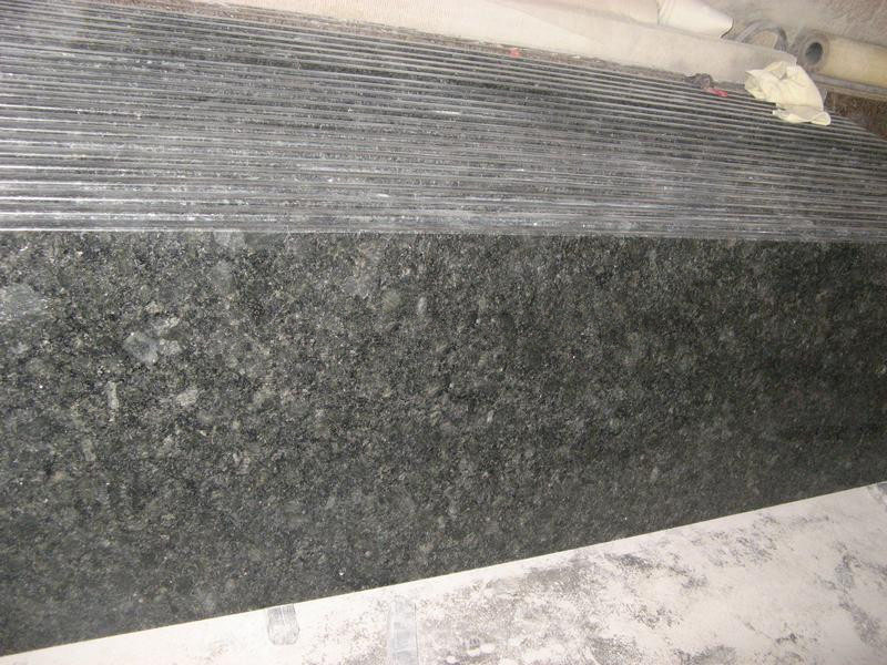 Butterfly Green Granite Countertops for Kitchen