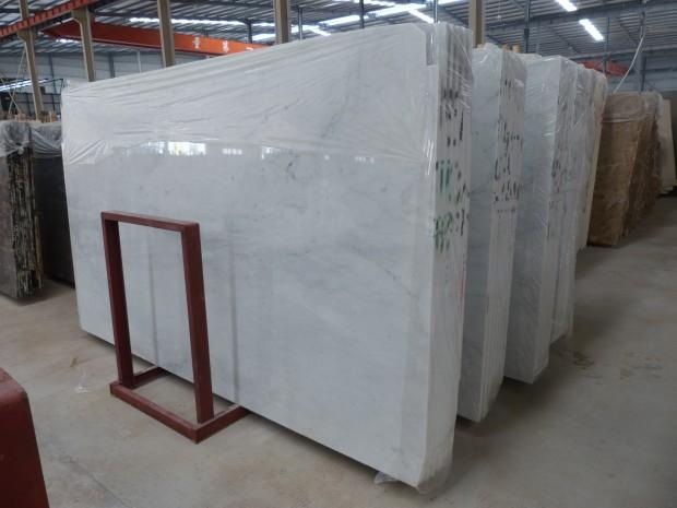 CARRARA WHITE Marble in Slabs Tiles