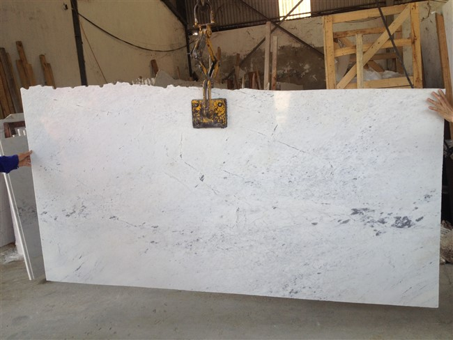CARRAVIET Marble Slabs