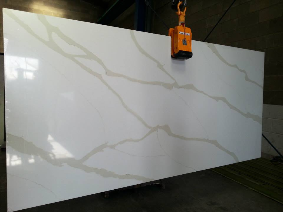 Calacata Gold Quartz Slab