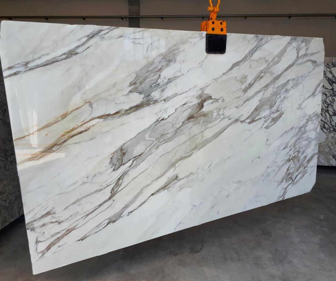 Calacatta Borghini White Polished Marble Slabs