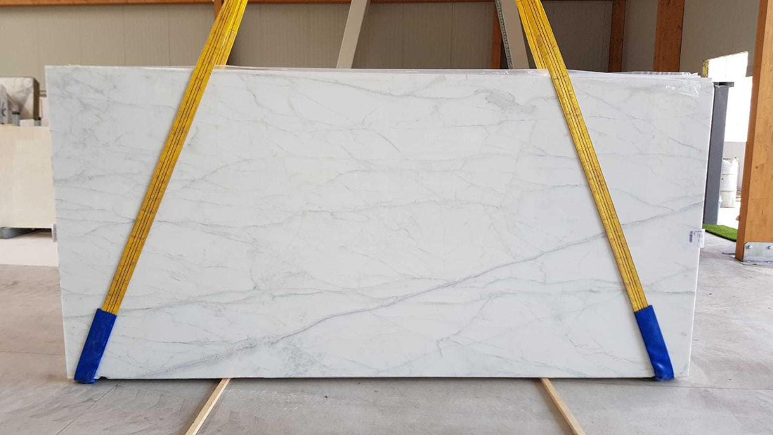Calacatta Caldia Polished White Marble Slabs