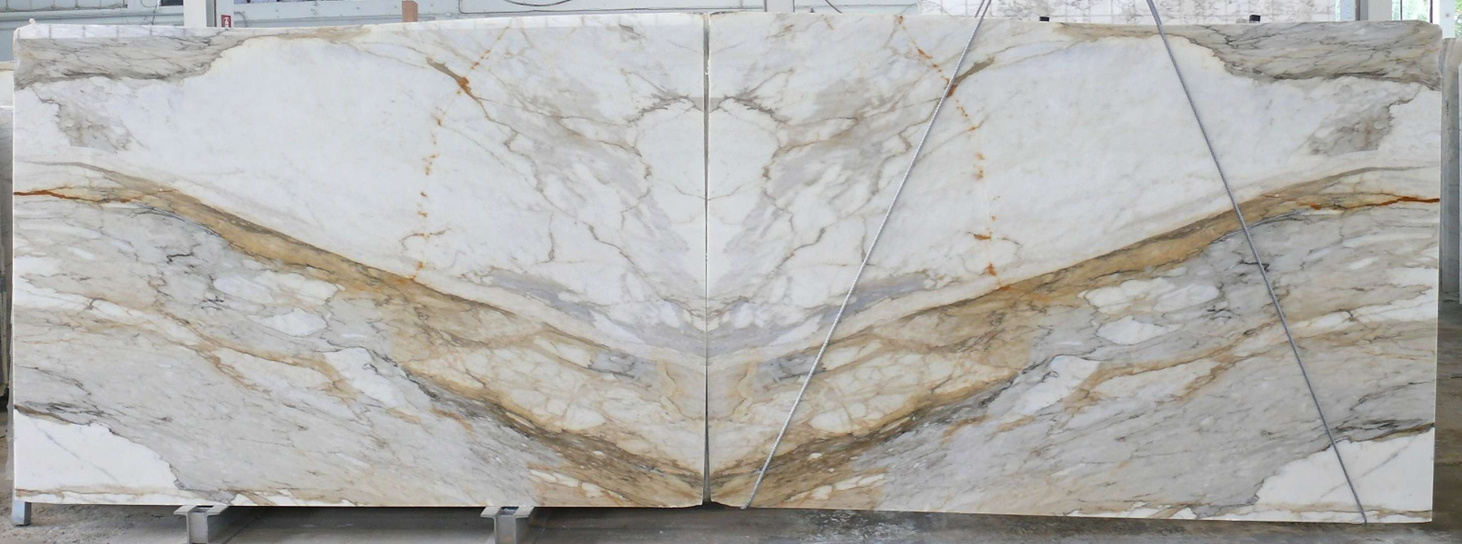 Calacatta Gold Natural Marble Slabs