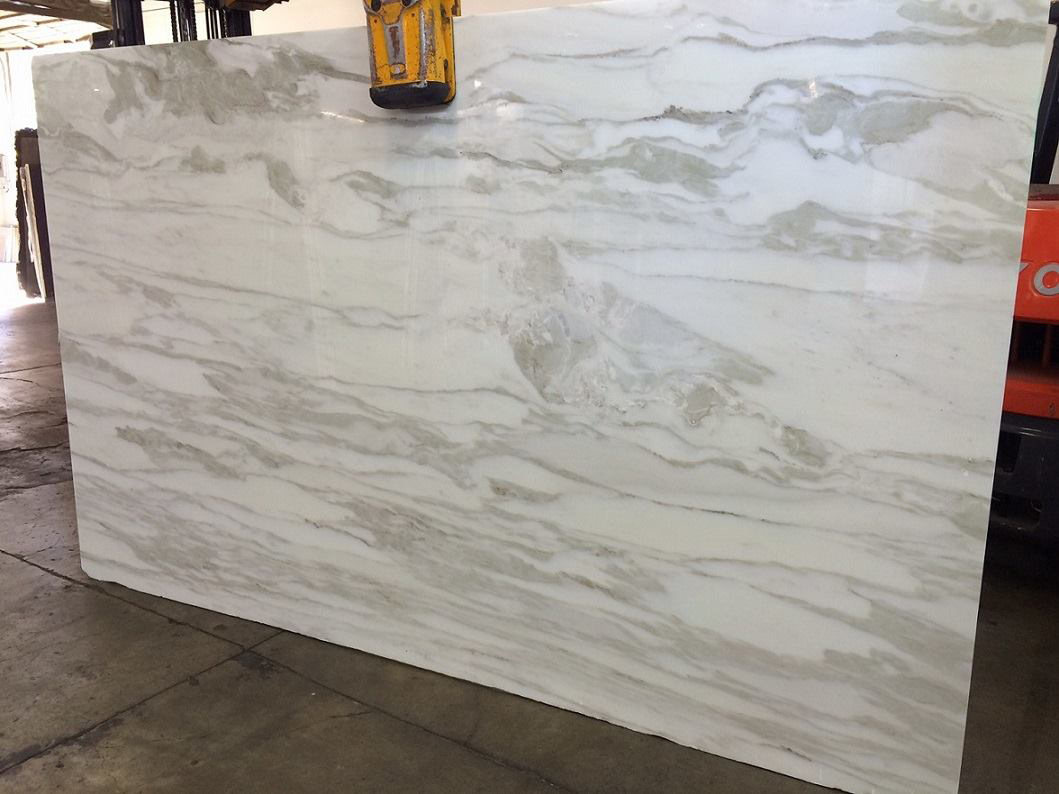 Calacatta Luccicoso Polished White Marble Slabs