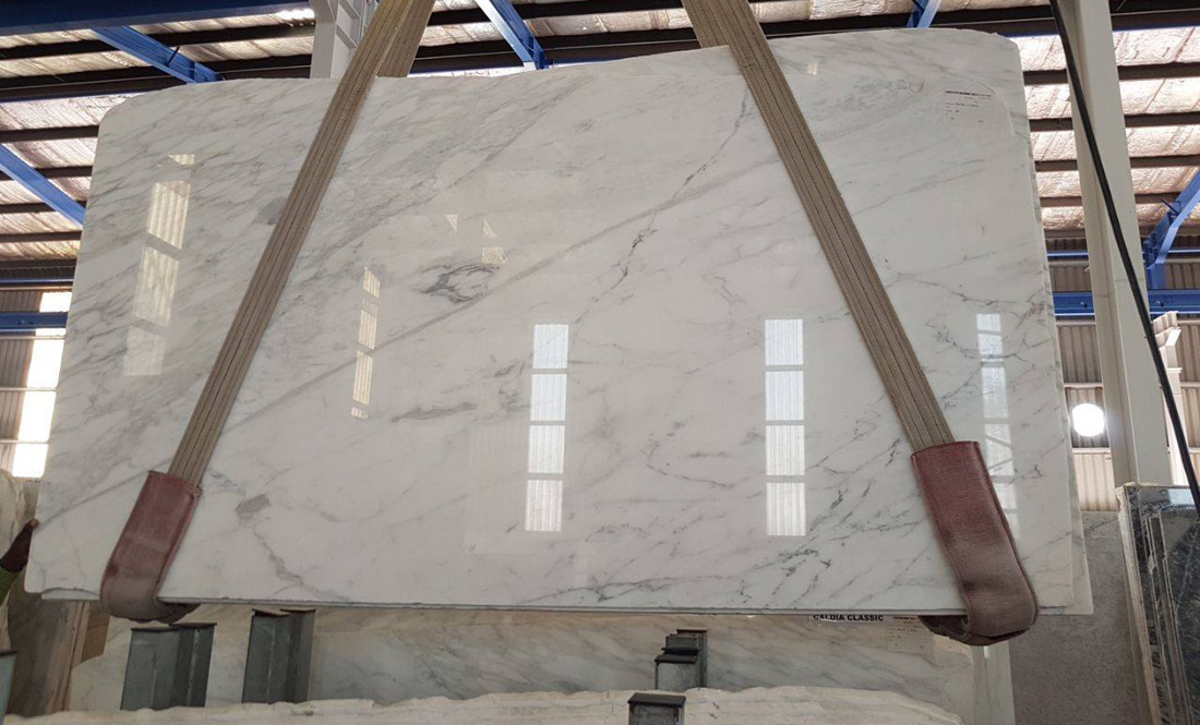Calacatta Marble Slabs White Polished Marble Slabs from Italy