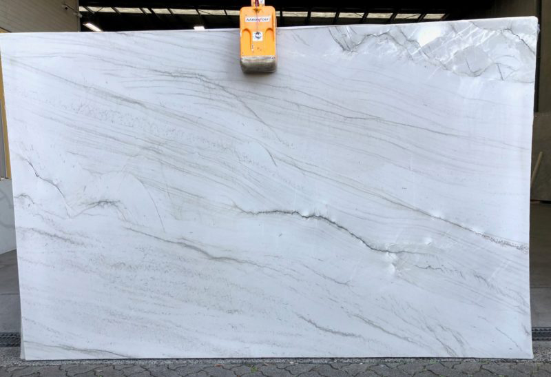 Calacatta Mont Blanc Quartzite Slabs White Polished Quartzite Stone Slabs