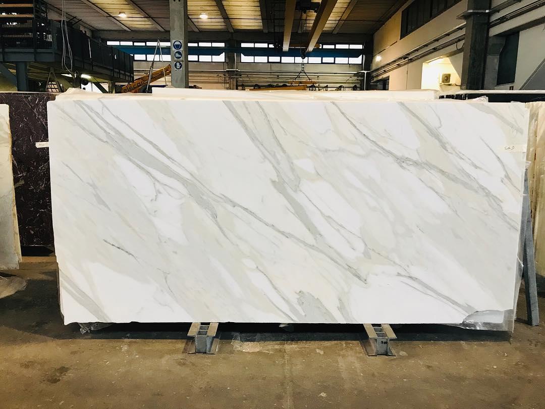 Calacatta Oro Extra White Marble Slabs White Polished Marble Slabs