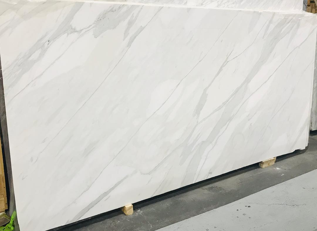Calacatta Oro Extra White Polished White Marble Slabs