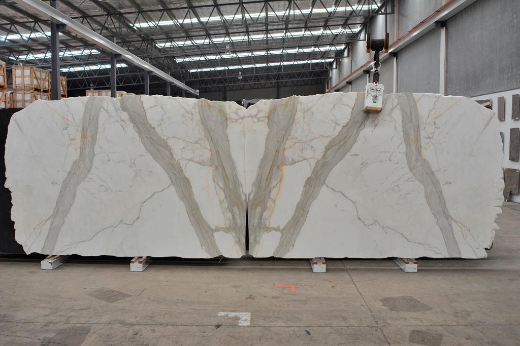 Calacatta Oro Slabs Italian White Polished Marble Slabs