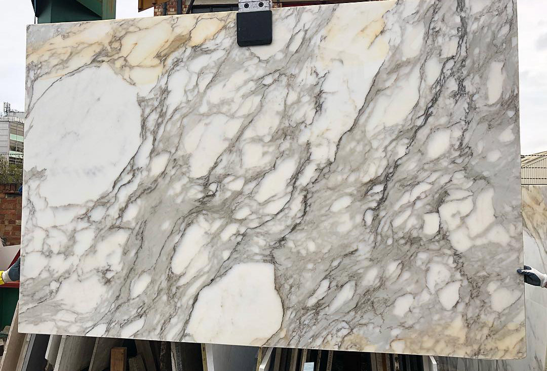 Calacatta Oro White Polished Marble Slabs from Italy