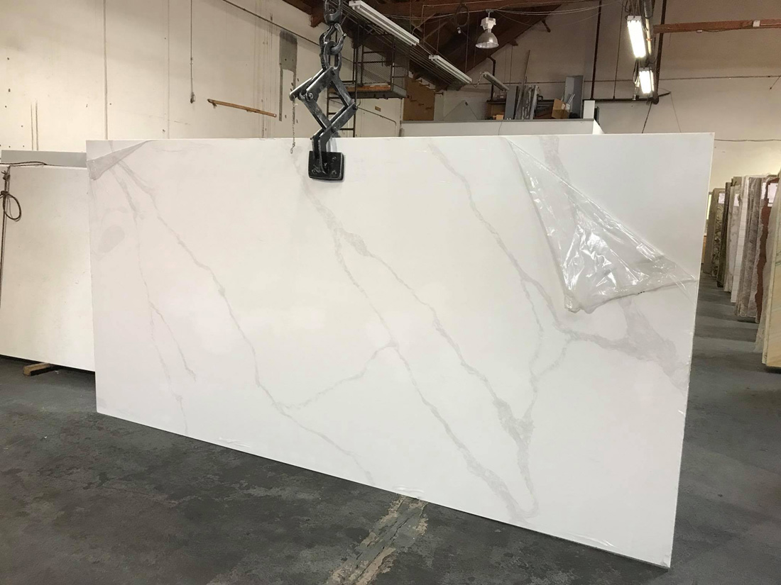Calacatta Quartz Slabs White Artificial Stone Slabs