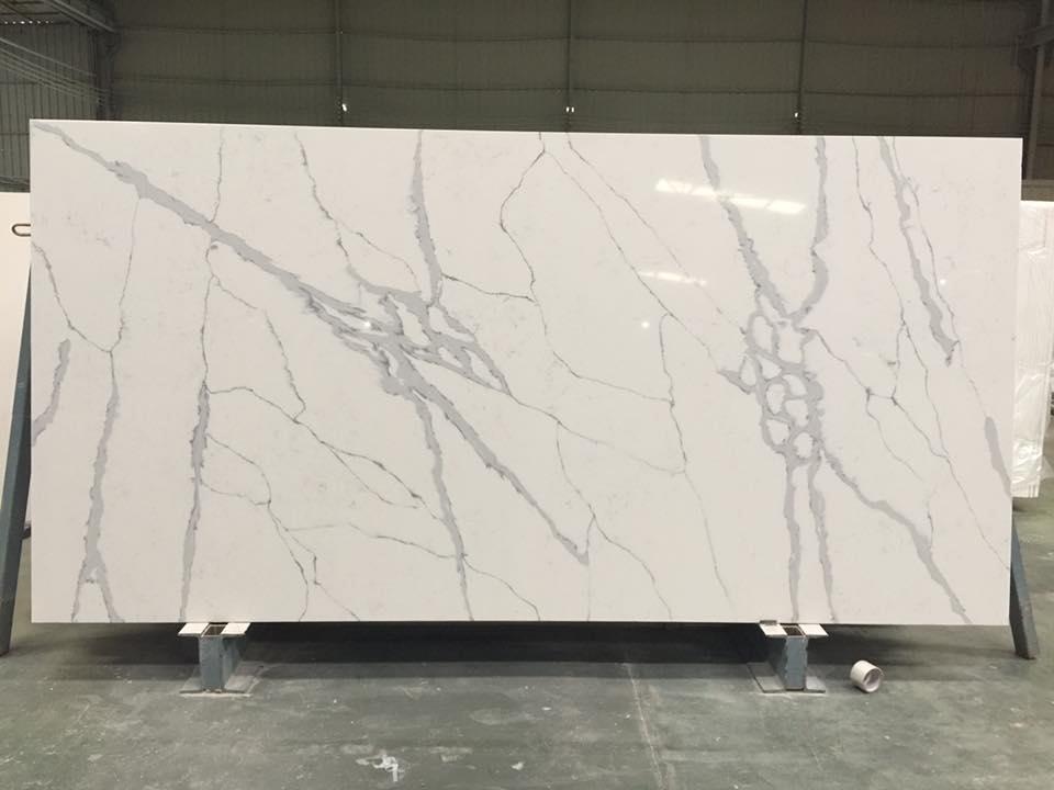 Calacatta Quartz Stone Slabs for Kitchen Countertops