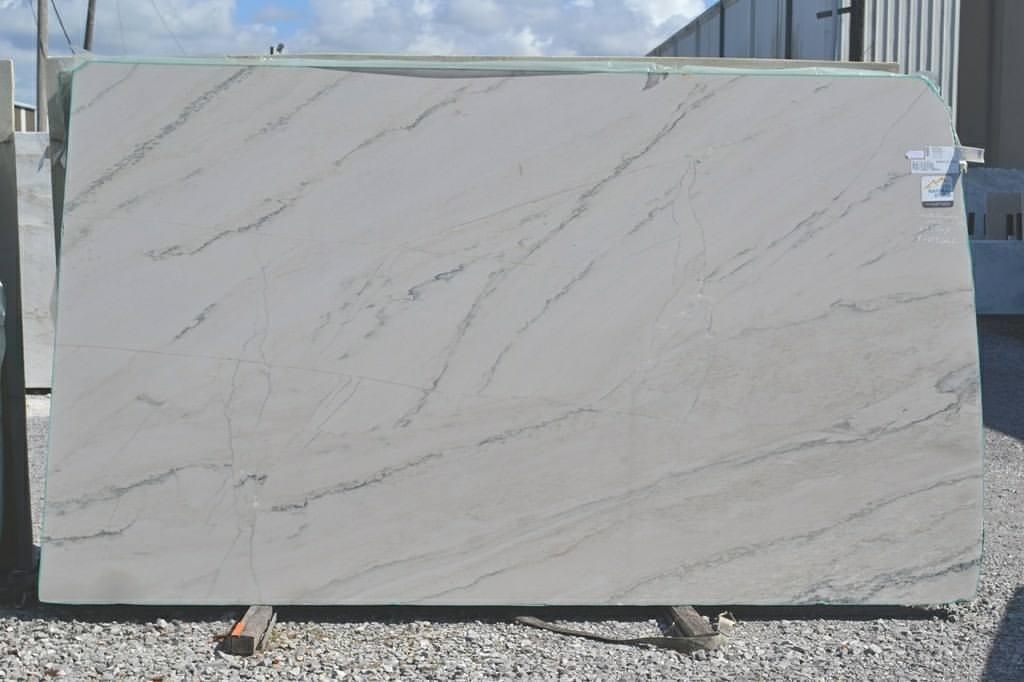 Calacatta Quartzite Big Polished Slabs for Kitchen Countertops