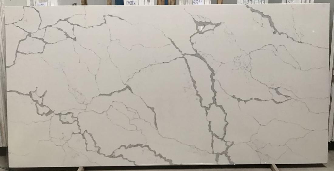 Calacatta Statuario Quartz Stone Slab for Countertops
