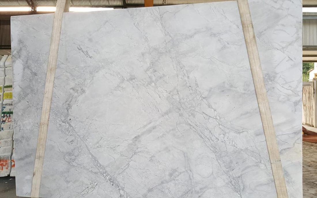 Calacatta Super White Polished White Quartzite Slabs