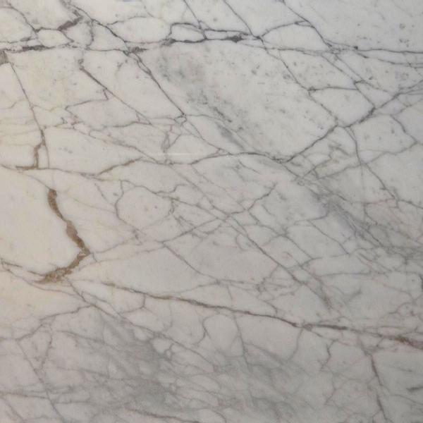 Calacatta Mezza Macchia Marble