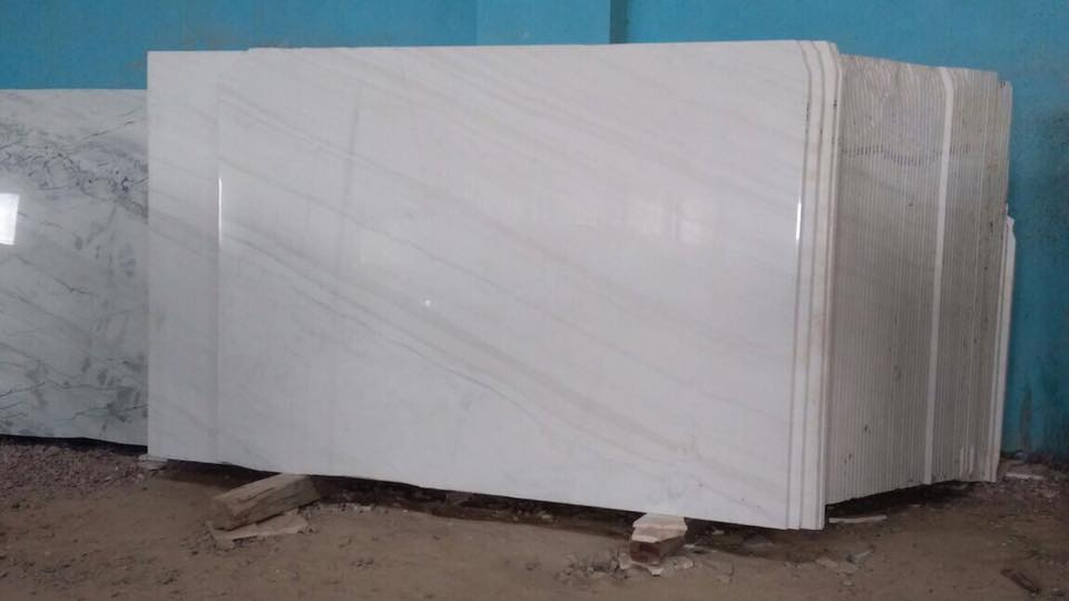 Calcutta White Polished Marble Slabs