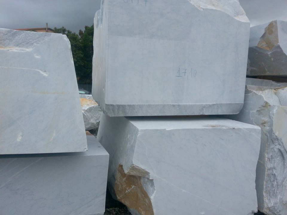 Carrara CD White Natural Marble Blocks