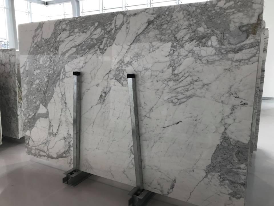Carrara White Polished Marble Slabs Beautiful White Slabs