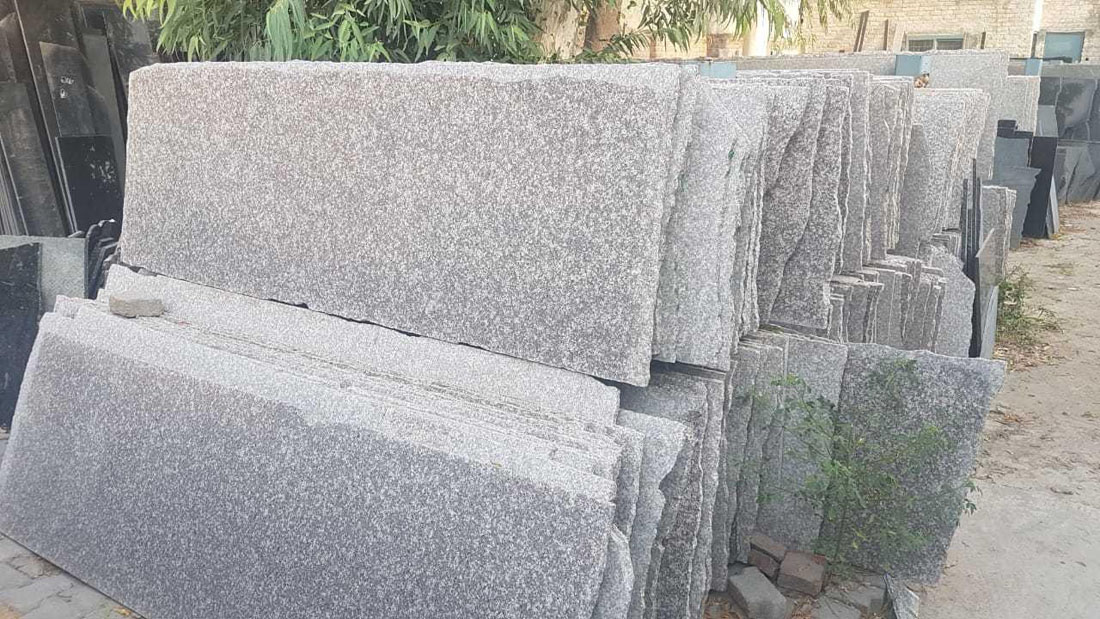 Carry Brown Polished Granite Slabs for Kitchen Countertops