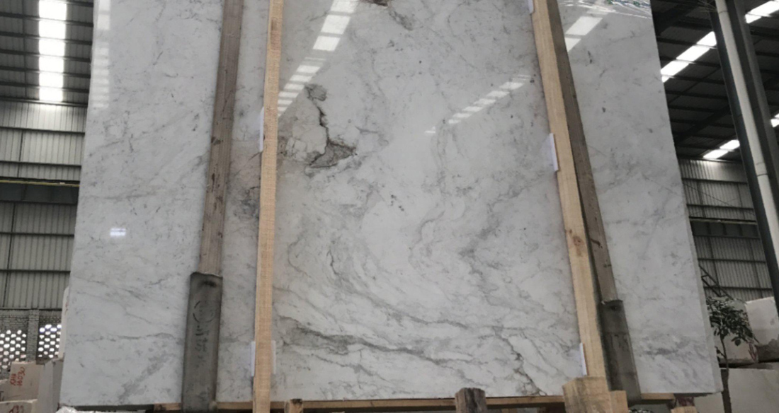 Castro White Polished Marble Slabs