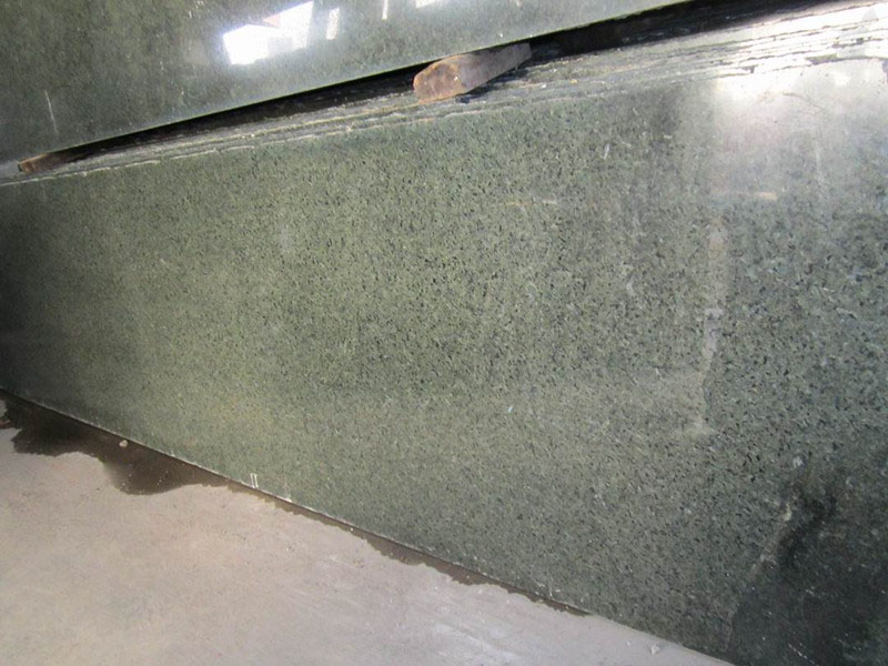 Chengde Green Granite Slab Polished Granite for Countertops
