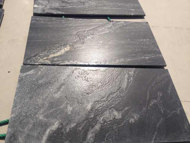 China Black Titanium Royal Ballet White Black Leathered Granite Walling Tiles