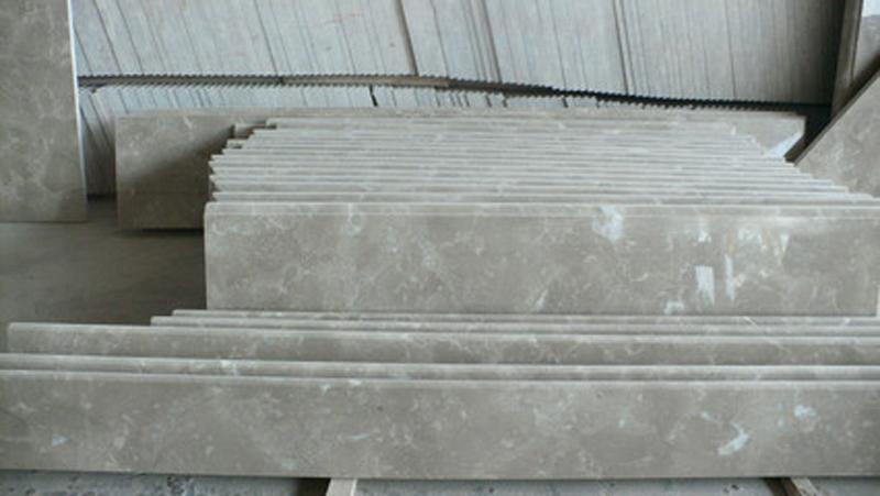 China Bossy Persian Grey Light Grey Marble Treads