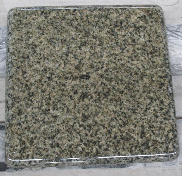 China Green Granite Flooring Tiles