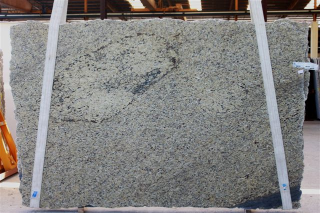 Chinese Granite Slabs Beige Stone Slabs for Countertops