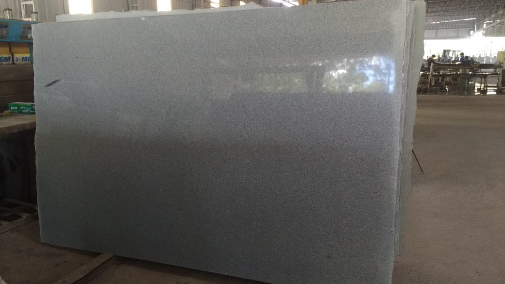 Cinza Castelo Grey Granite Slabs Polished Brazilian Granite Slabs