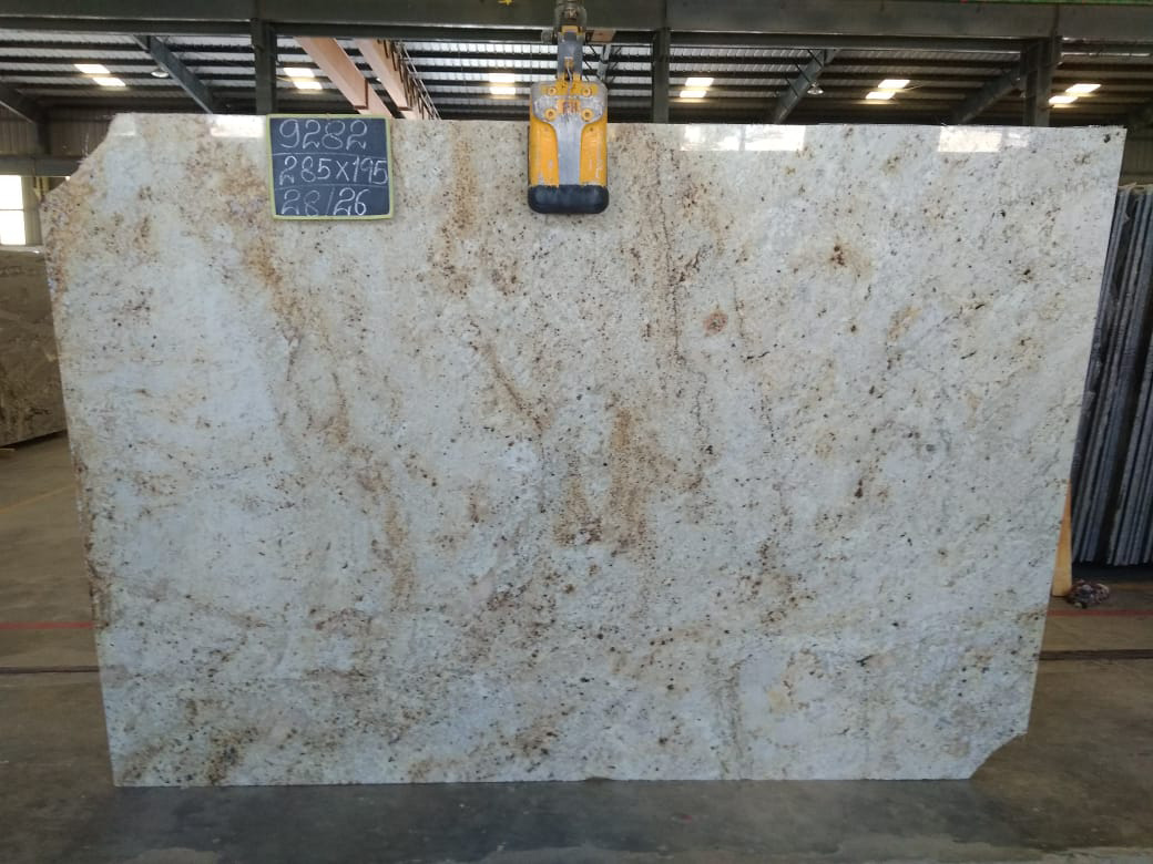 Colonial Gold Gangsaw Slab Polished Granite Slabs