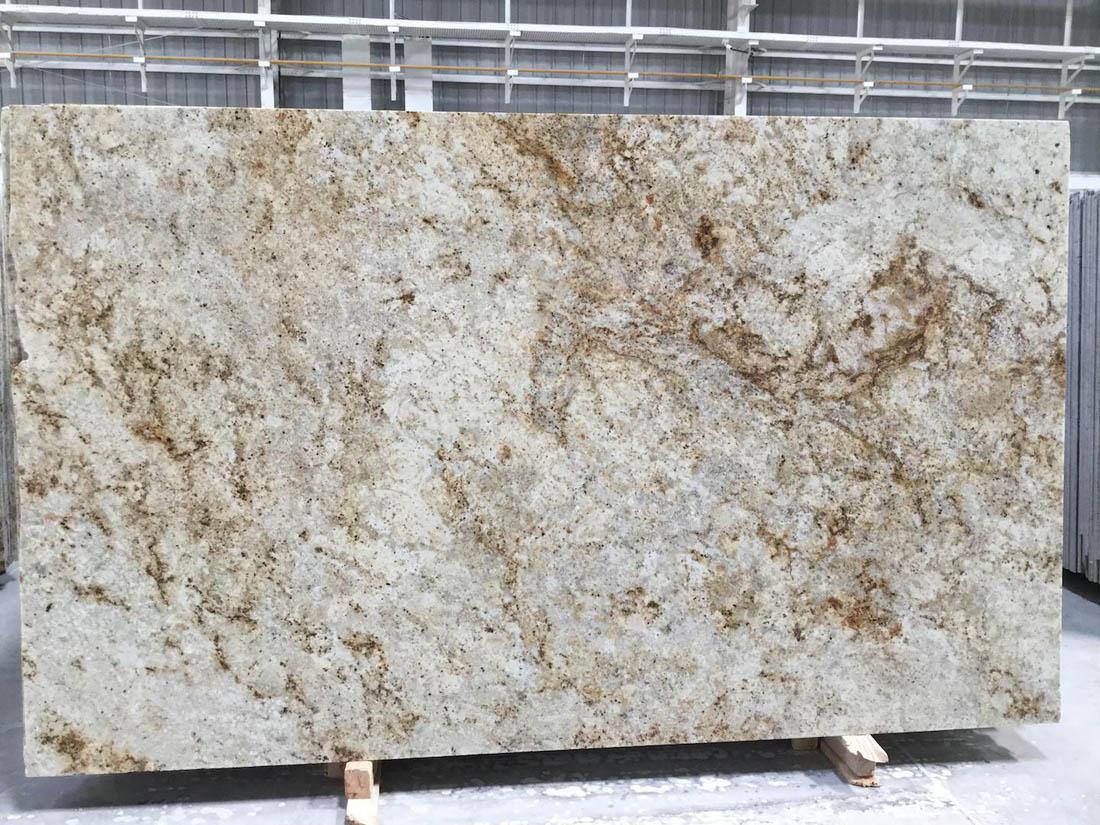 Colonial Gold Granite Slabs Polished Beige Granite Slabs