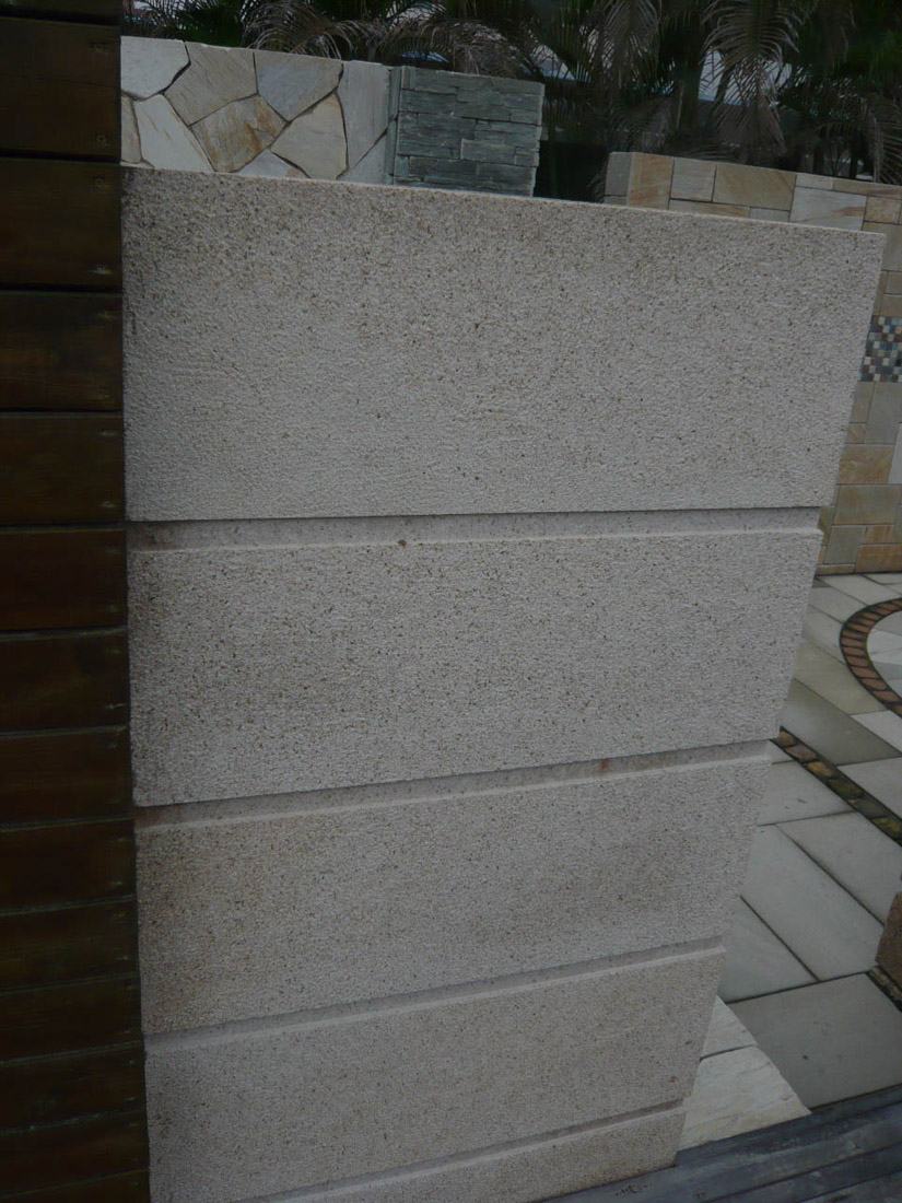 Competitive Beige Granite Wall Stone